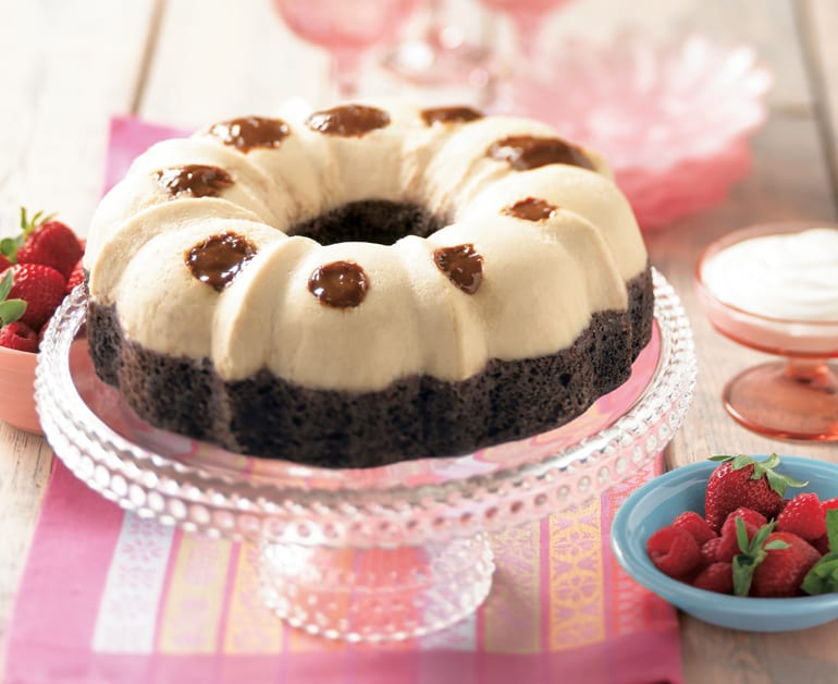 View recommended Sour Cream Chocolate Cake recipe