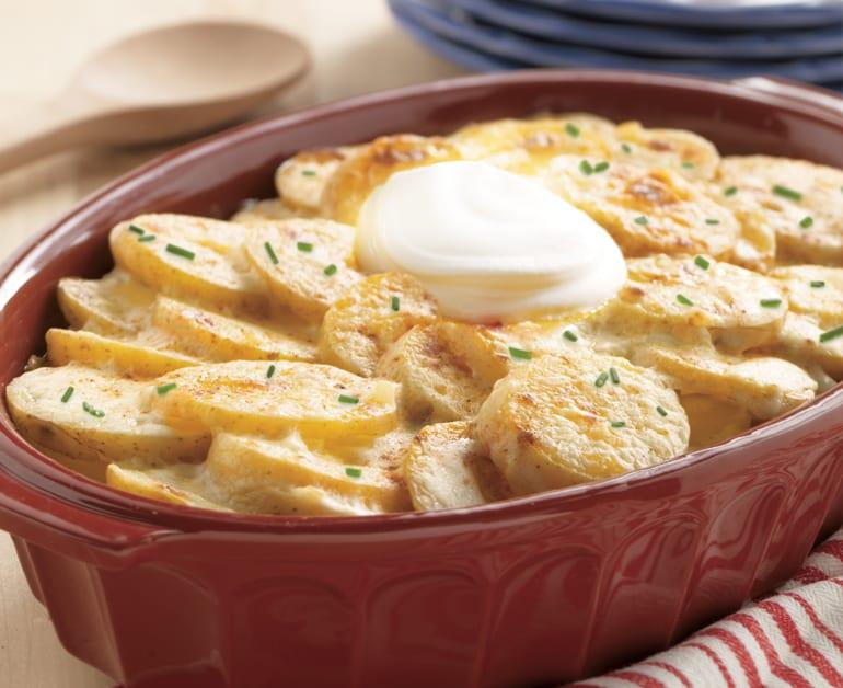 Creamy Scalloped Potatoes slider image