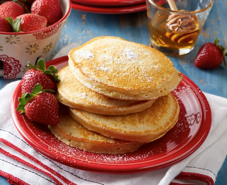 View recommended Daisy Sour Cream Pancakes recipe