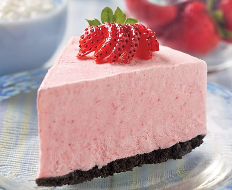 View recommended Frozen Strawberry Cheesecake recipe