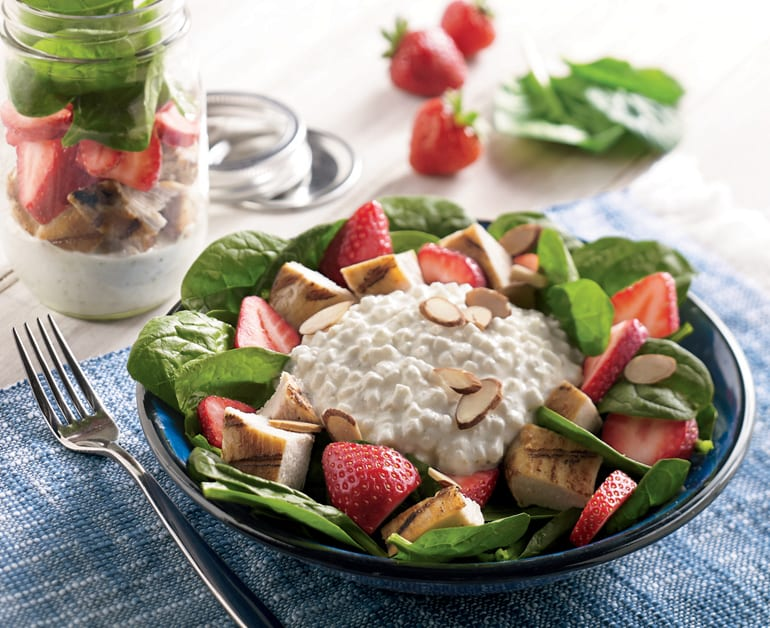 Thumbnail image for Strawberry Spinach Shaken Salad