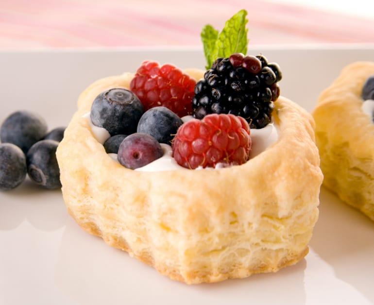 Sweet Berry Bliss slider image 1