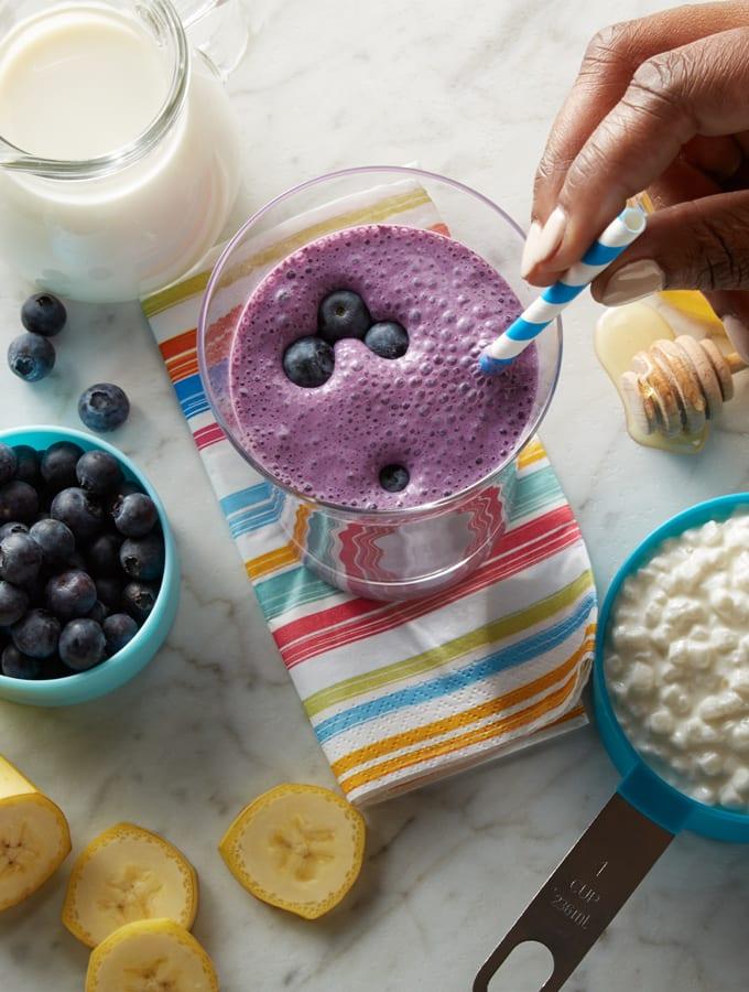 Banana Blueberry Smoothies slider image 2