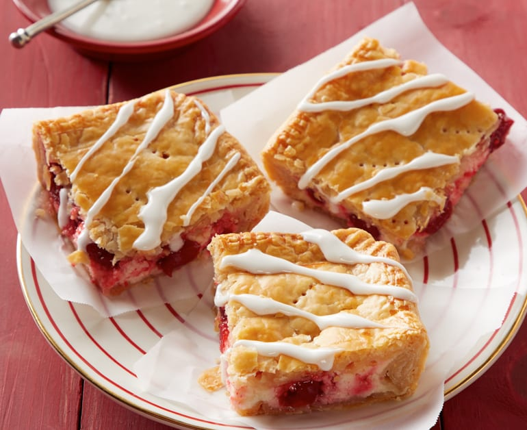 Cherry Cheesecake Slab Pie slider image 1