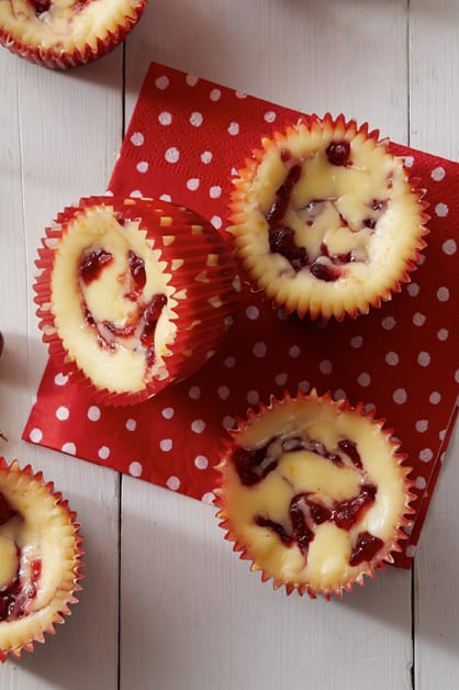 Cranberry cheesecake tarts