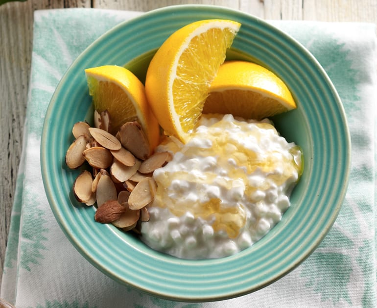 View recommended Orange Almond Breakfast Bowl recipe