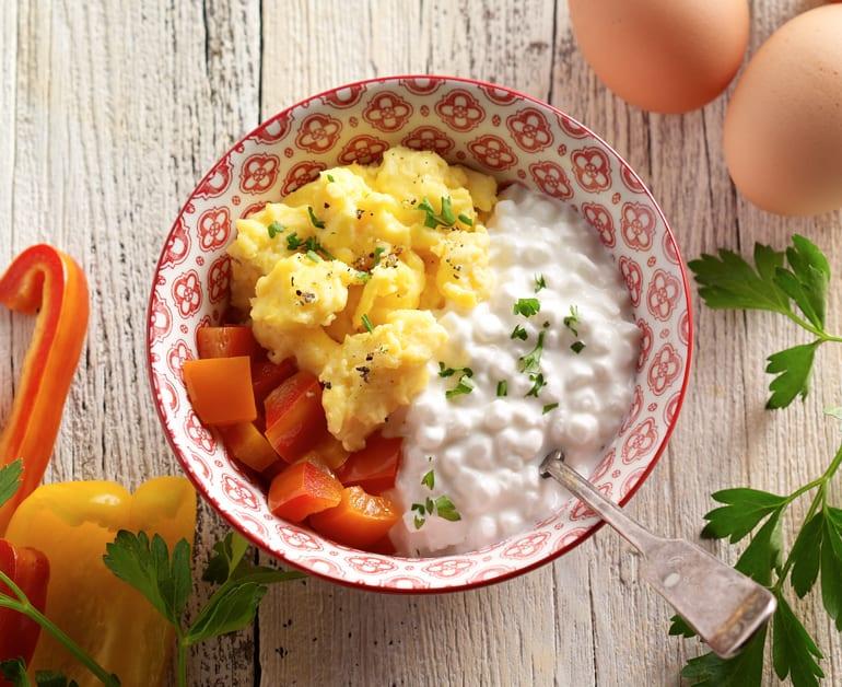 Pepper Egg Breakfast Bowl slider image 1