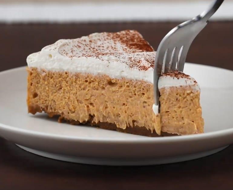 Thumbnail image for Cheesecake de Calabaza con Crema Agria de Daisy