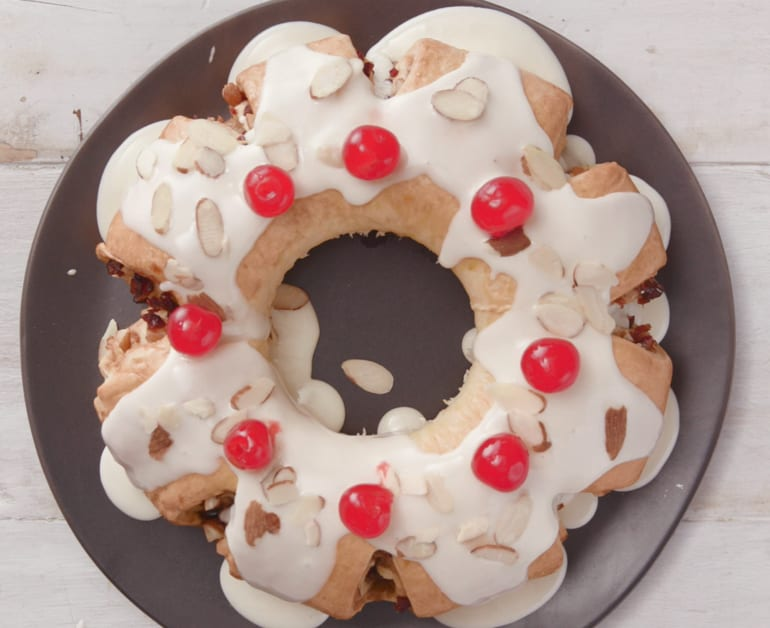 View recommended Rosca de Reyes recipe