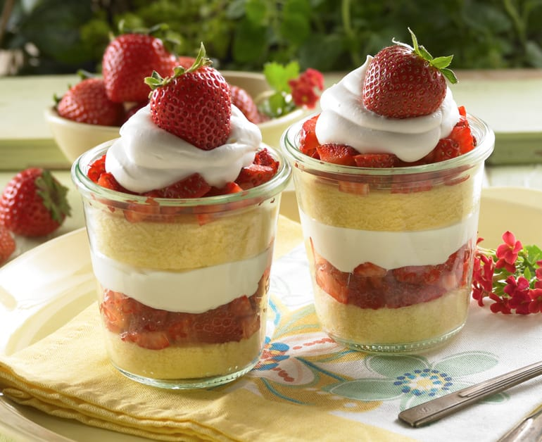 View recommended Quick Strawberry Shortcake recipe