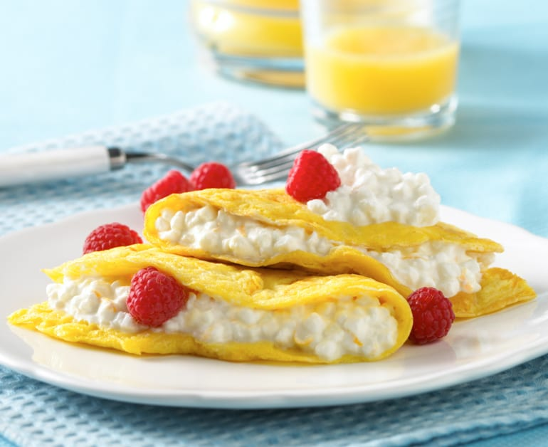 Click to open Open-Faced Fruit and Cheese Omelette recipe