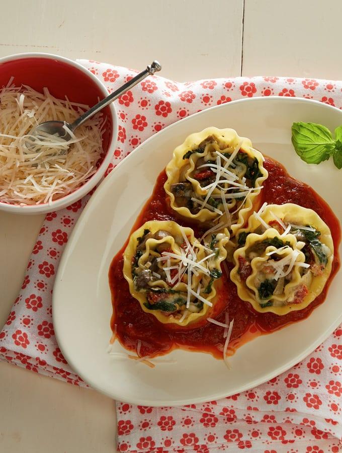Veggie Lasagna Rolls slider image 2